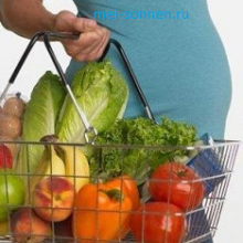 Как надо питаться беременной женщине?
