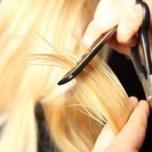 Можно ли стричь волосы беременным женщинам?
