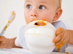 Чем можно кормить ребенка после года?