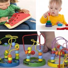 Какие игрушки помогают развивать мелкую моторику?