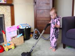Как совместить работа по дому и занятия с ребенком?