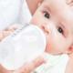 Нужно ли давать грудному ребенку воду