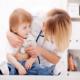 Как распознать воспаление легких у ребенка? Чем лечить малыша?