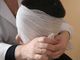 Как сделать повязку на глаз?