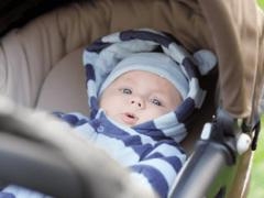 Когда и как с новорожденным лучше выходить на прогулки?