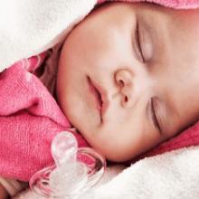 Нужна ли пустышка для новорожденного
