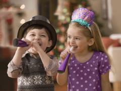 Новогодние игры для детей дома