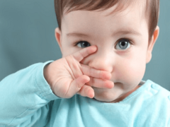 Чем лечить насморк у ребенка?