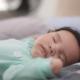 Зачем новорождённым белый шум и где его взять?