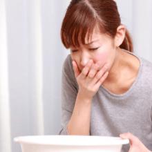 Почему возникает токсикоз у беременных и как его облегчить?